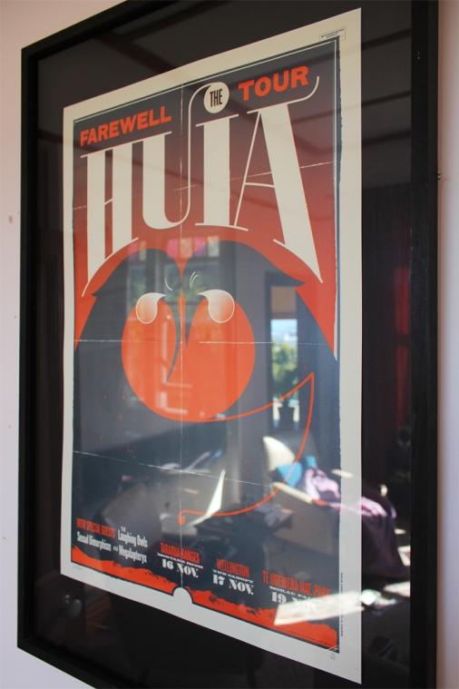 huia-show-framed-2